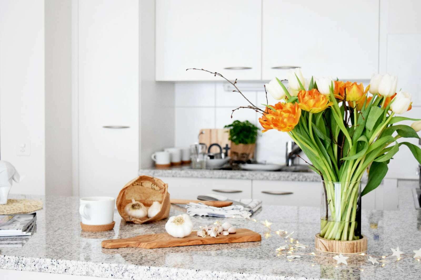 #kitchen #decoration #tulip